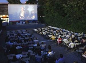 Άλσος και Παράδεισος: Δημοτικοί, θερινοί κινηματογράφοι που επιμένουν