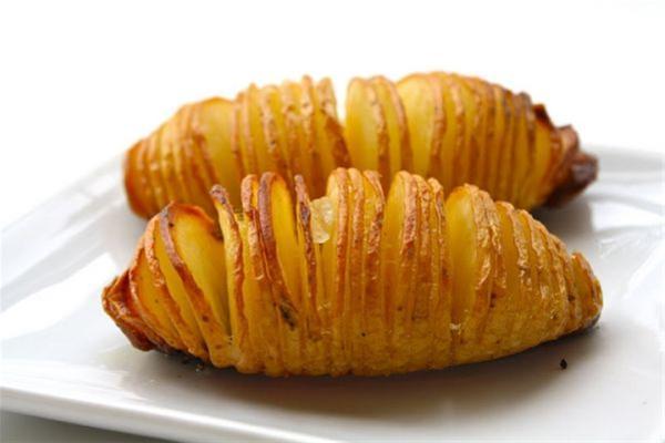 Συνταγή για πεντανόστιμες πατάτες καλύτερες  από τις τηγανητές!