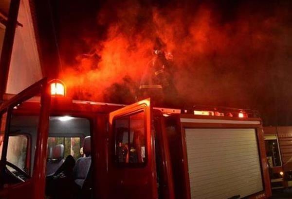 Θεσσαλονίκη: Φωτιά σε αποθήκη στον οικισμό του Χορτιάτη