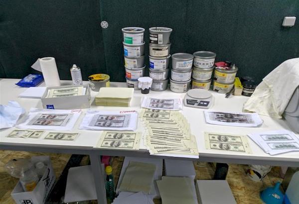 Κορδελιό Θεσσαλονίκης: Εξαρθρώθηκε σπείρα πλαστογράφων με πλήρως εξοπλισμένο εργαστήριο παραχάραξης χαρτονομισμάτων