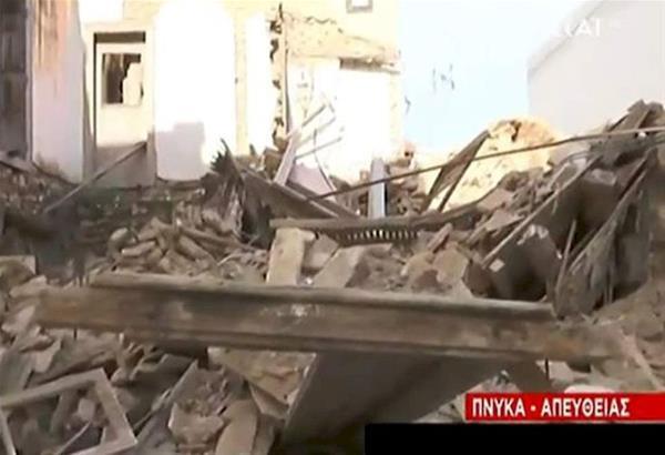 Κατέρρευσε παλιό εγκαταλελειμένο κτήριο στην Πνύκα.