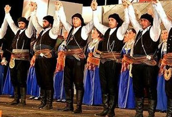«Μελωδίες Πόντου» στο θέατρο Κρύας Βρύσης «Τάσος Πεζιρκιανίδης»