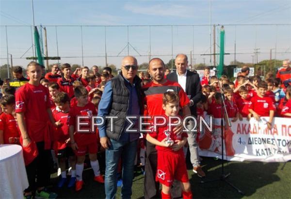 Έφυγε 57 ετών ο παλαίμαχος ποδοσφαιριστής του Πανσερραϊκού Τάσος Σαββίδης