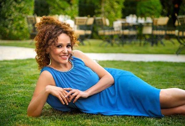 Η Εύη Σιαμαντά και ο Σπύρος Ρασσιάς, στα τραγούδια του Μίμη Πλέσσα, σε live streaming