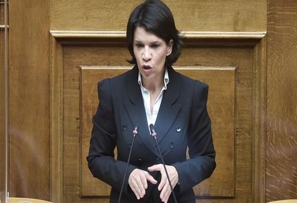 Βουλευτής του ΣΥΡΙΖΑ αποκάλεσε τον Κυριάκο Μητσοτάκη ''επιδειξία''