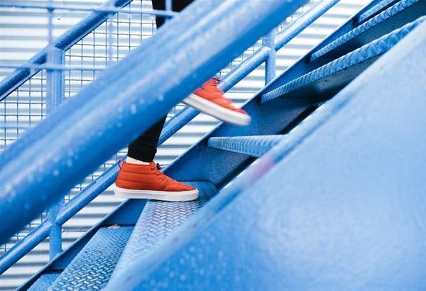 Το «τεστ της σκάλας»: Αν μπορείτε να ανεβείτε 60 σκαλοπάτια σε 1 λεπτό τότε η καρδιά σας λειτουργεί άψογα