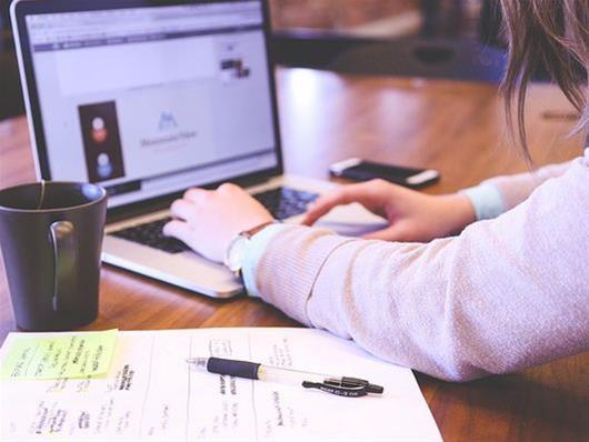 Μια χρήσιμη πλατφόρμα αν ψάχνετε να βρείτε δουλειά στην Ευρώπη