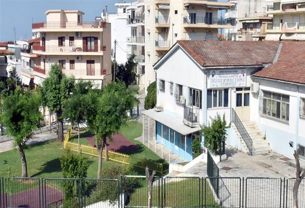 Επιθεώρηση εργασιών στα σχολικά συγκροτήματα από τον δήμαρχο Νεάπολης-Συκεών