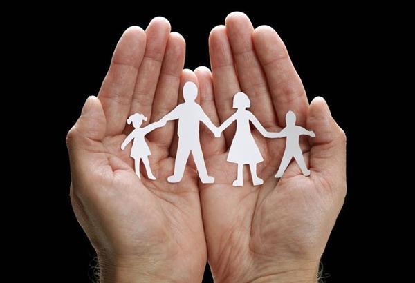 «Σχολές Γονέων» μαθήματα δωρεάν