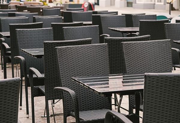 Κορονοϊός: Σε ισχύ  τα νέα μέτρα, οι αλλαγές στο ωράριο καταστημάτων, μπαρ, εστιατόρια, καφέ, περίπτερα
