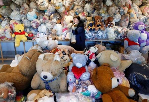 Ουγγαρία: Η Teddy Bear Mama με τη μεγαλύτερη συλλογή από αρκουδάκια στον κόσμο (βίντεο)