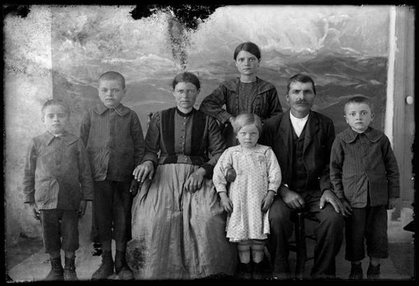 Έκθεση ιστορικής φωτογραφίας: Πρόσωπα των Κυθήρων 1929-1938 – Παναγιώτης Φατσέας