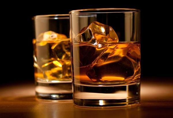 Πίνετε ''κάπως'' παραπάνω; Δείτε πως η μεγάλη κατανάλωση αλκοόλ βλάπτει τον οργανισμό