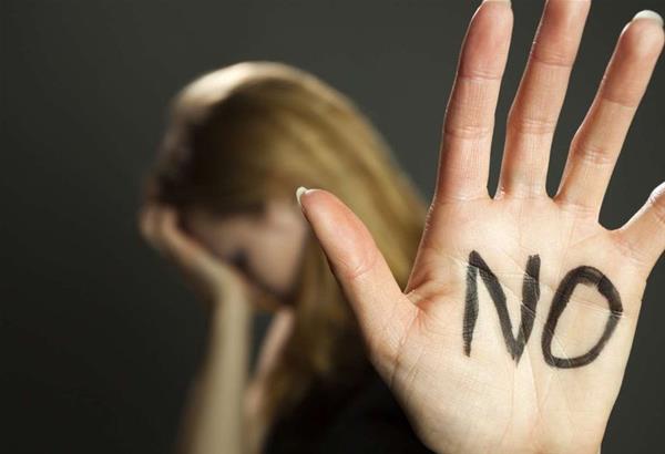 Θεσσαλονίκη: 11 φοιτήτριες κατά καθηγητή ΤΕΙ Μαιευτικής για σεξουαλική παρενόχληση (βίντεο)
