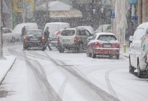 Κλειστοί δρόμοι στην Π.Ε. Θεσσαλονίκης λόγω της χιονόπτωσης.