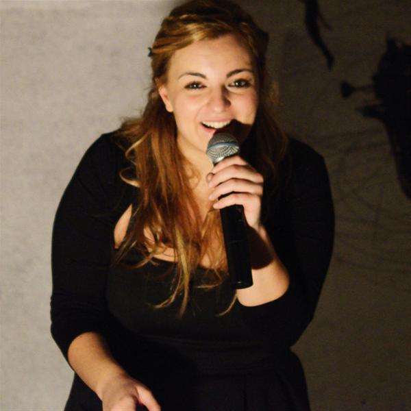 One night Stand .... Up Comedy με την Χρύσα Κατσαρίνη στο Έντεχνον