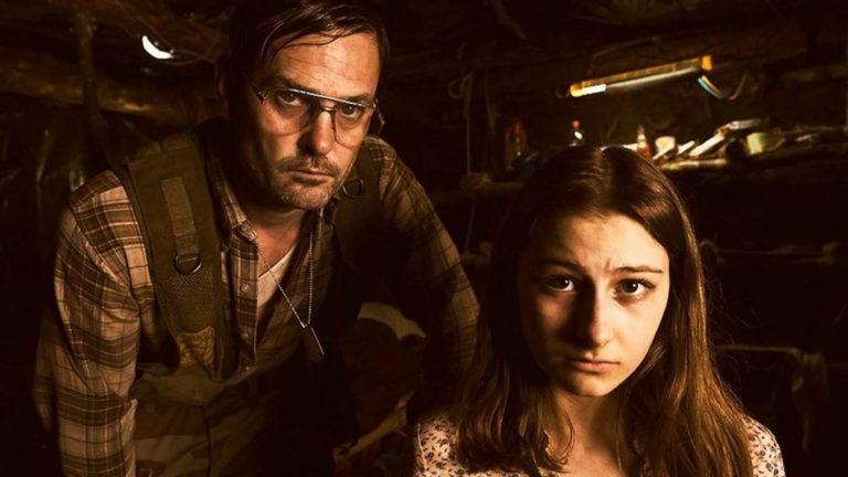 Εφιάλτης μέσα στο δάσος (2018) | Girl in the Bunker