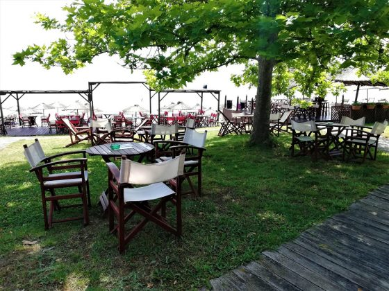 beach bar liosi afytos chalkidiki